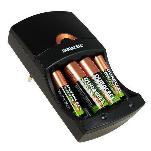 Зарядное устройство ЗУ с аккумуляторами DURACELL CEF14EU+2AA1700mAh+2AAA750mAh BL1